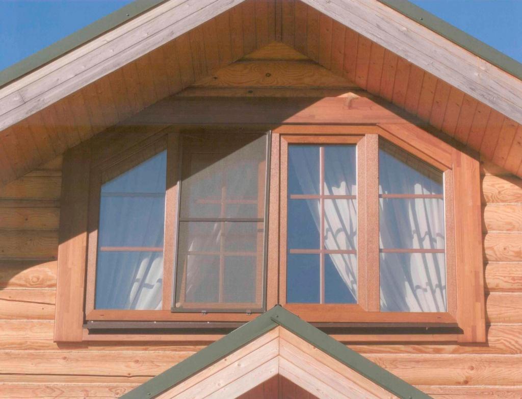 Фото домов с окном вместо фронтона